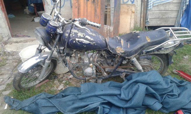 Vendo motocicleta motomel