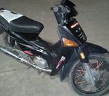 Vendo Moto Honda Todo Lo Papeles Y 08???