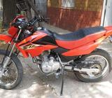 Honda XR 125 L modelo 2011 impecable
